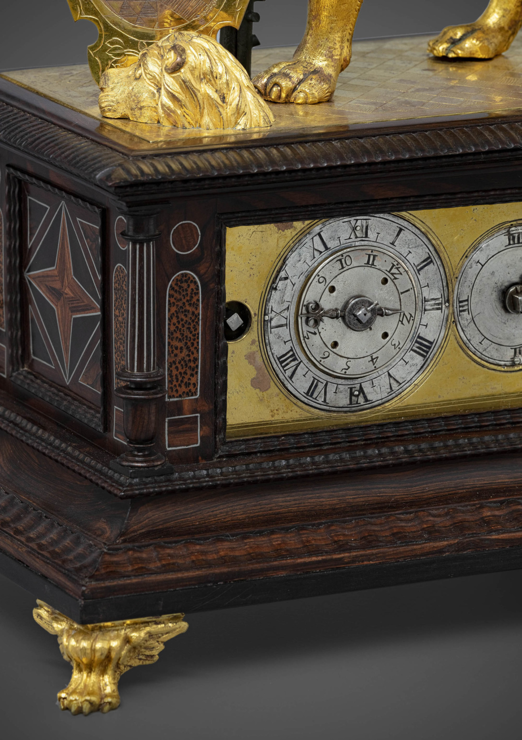 Automaton clock in the form of a pacing lion - Galerie Kugel