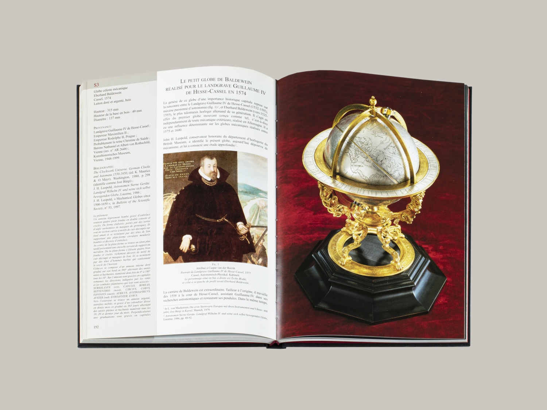 Spheres, the Art of the Celestial Mechanics - Galerie Kugel