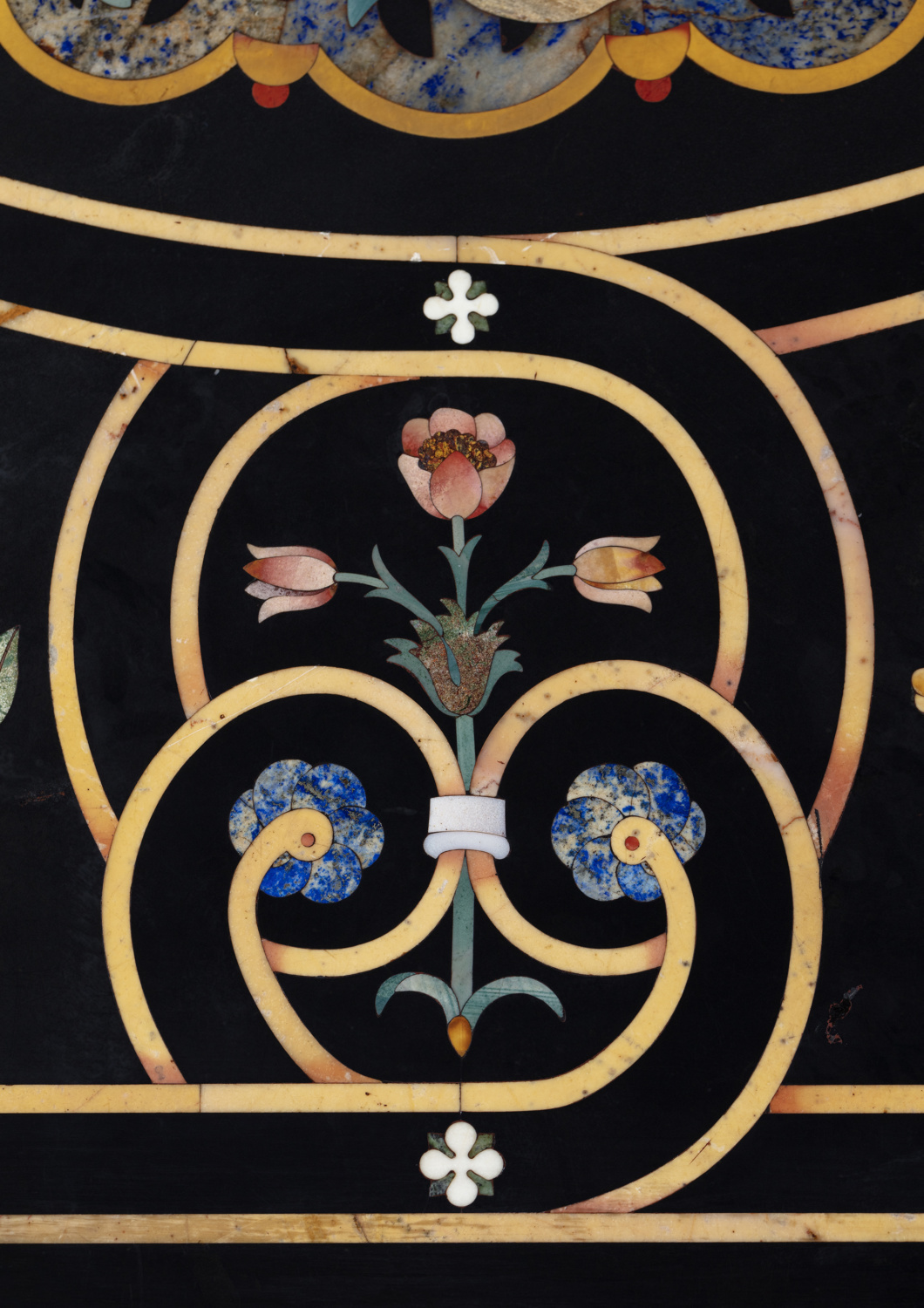A large pietra dura table top - Galerie Kugel
