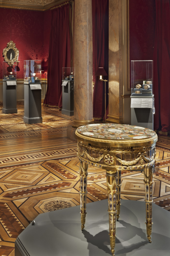 Gold, Jasper and Carnelian - Galerie Kugel