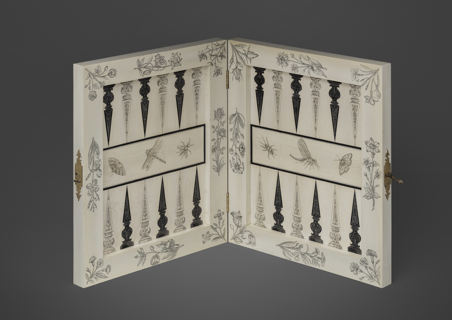 An ivory and ebony game board - Galerie Kugel